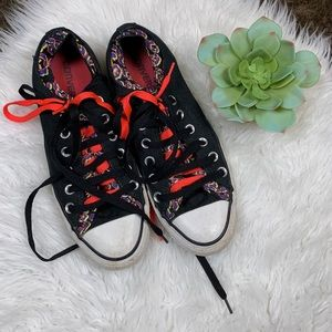 Converse Double Lined Double Laces Low Top Sneaker